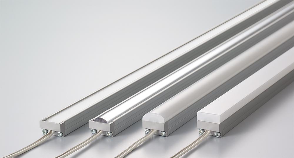 MCシリーズに新たにスクエア型カバータイプを追加。光の連続性と施工性を向上しMC-LED4としてバージョンアップ。
