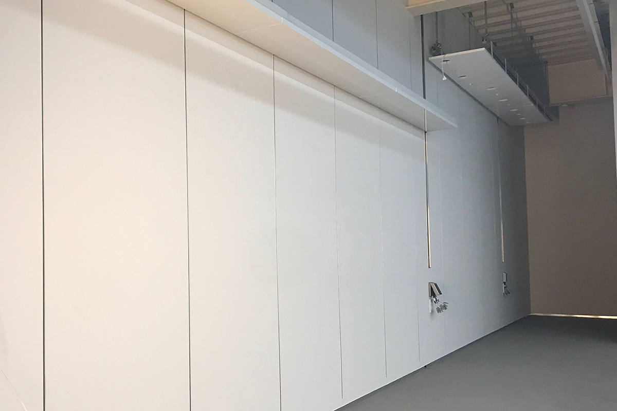 lab E135