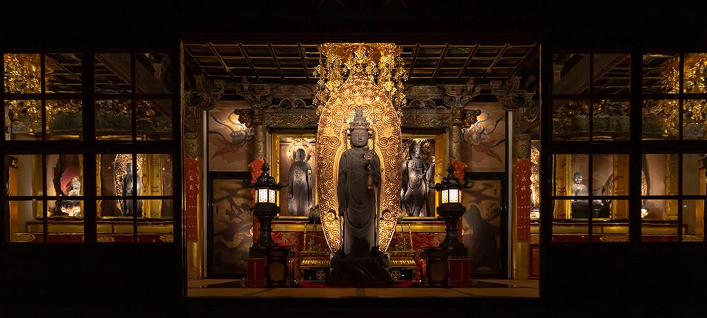 文化財を傷めない、お寺の雰囲気をそのまま活かす三津寺の照明デザイン